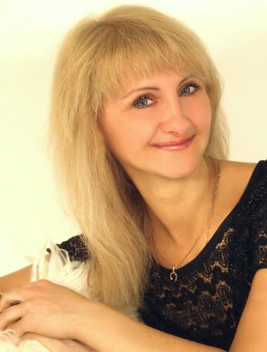 Rita (56) aus Agentur R... auf www.partnervermittlung-frauen-aus-polen.de (Kenn-Nr.: 507052)
