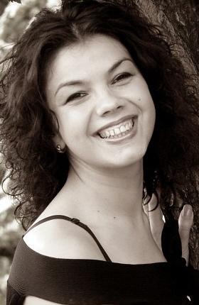 Irina (40) aus Agentur R... auf www.partnervermittlung-frauen-aus-polen.de (Kenn-Nr.: 501230)