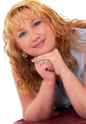 Irina (46) aus Agentur R... auf www.partnervermittlung-frauen-aus-polen.de (Kenn-Nr.: 501270)