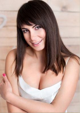 Lena (45) aus Warschau ... auf www.partnervermittlung-frauen-aus-polen.de (Kenn-Nr.: d00523)