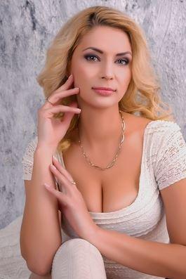 Justyna (39) aus Bei Krakó... auf www.partnervermittlung-frauen-aus-polen.de (Kenn-Nr.: d00598)
