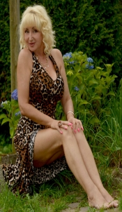 Irina (50) aus VIP Agentu... auf www.partnervermittlung-frauen-aus-polen.de (Kenn-Nr.: d0052)