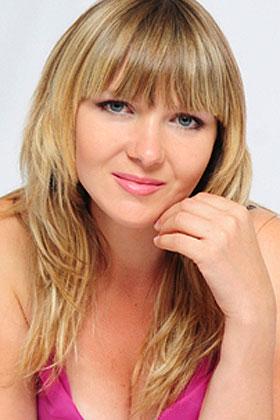 Iwona (36) aus VIP Agentu... auf www.partnervermittlung-frauen-aus-polen.de (Kenn-Nr.: d00168)